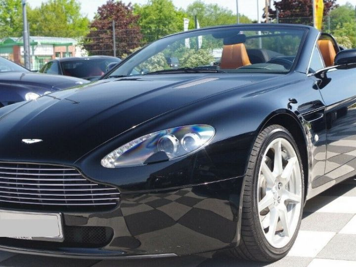 Aston Martin V8 Vantage ROADSTER 4.3 385  BVA6 noir métal - 2