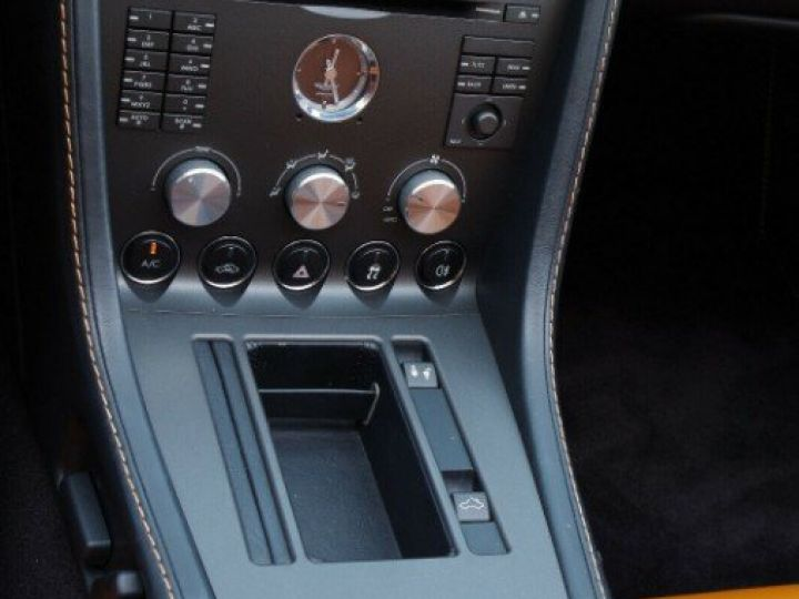 Aston Martin V8 Vantage ROADSTER 4.3 385  BVA6 noir métal - 17