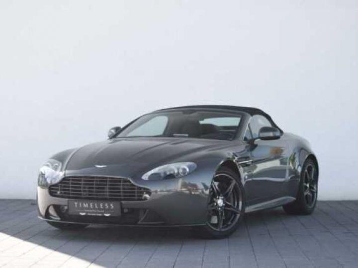 Aston Martin V8 Vantage S ROADSTER SPORTSHIFT Meteorite Silver métal - 1