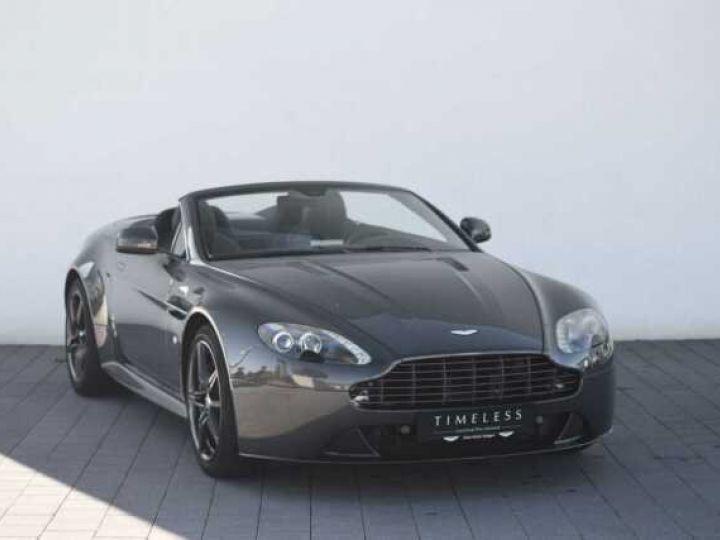 Aston Martin V8 Vantage S ROADSTER SPORTSHIFT Meteorite Silver métal - 2
