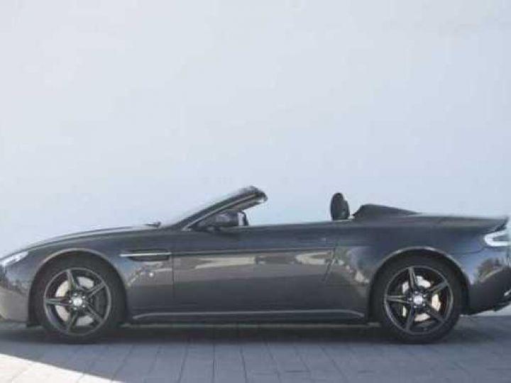 Aston Martin V8 Vantage S ROADSTER SPORTSHIFT Meteorite Silver métal - 3