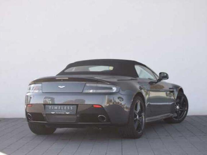 Aston Martin V8 Vantage S ROADSTER SPORTSHIFT Meteorite Silver métal - 4