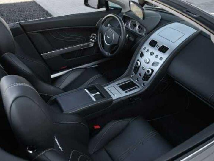 Aston Martin V8 Vantage S ROADSTER SPORTSHIFT Meteorite Silver métal - 12