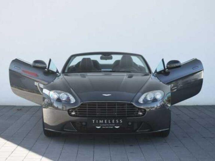 Aston Martin V8 Vantage S ROADSTER SPORTSHIFT Meteorite Silver métal - 16