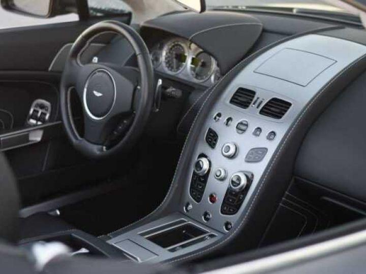 Aston Martin V8 Vantage S ROADSTER SPORTSHIFT Meteorite Silver métal - 21