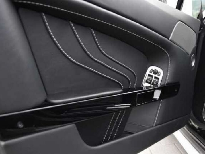 Aston Martin V8 Vantage SP10 PACK CARBONE EXTERIEUR  Ceramic Grey métal - 11