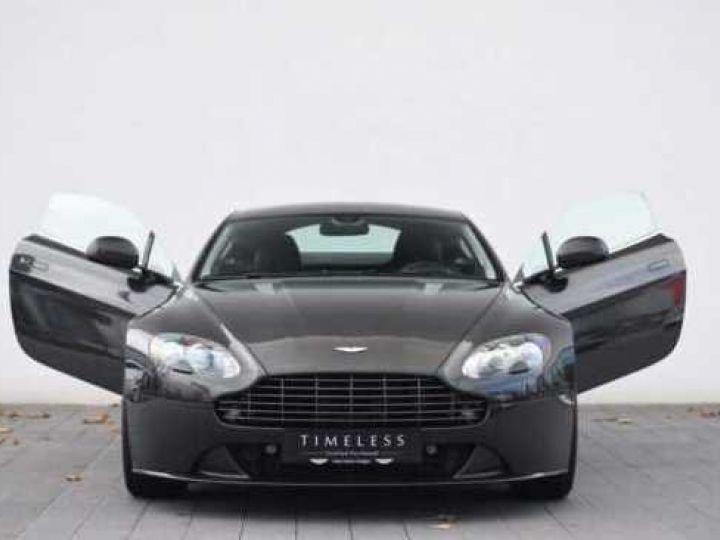 Aston Martin V8 Vantage SP10 PACK CARBONE EXTERIEUR  Ceramic Grey métal - 18