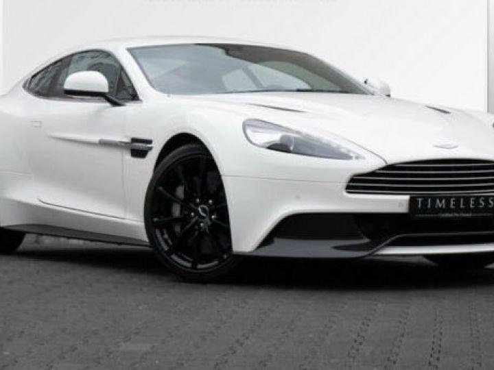 Aston Martin VANQUISH Stratus White - 1