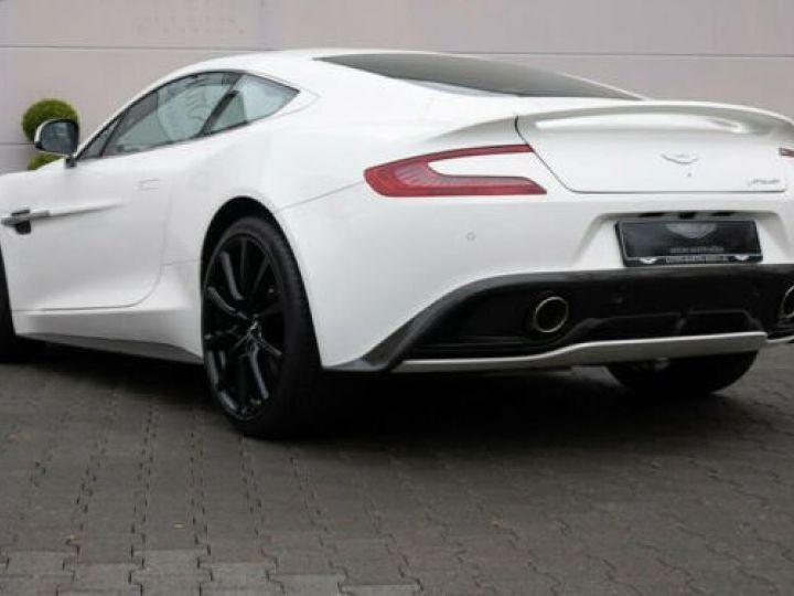 Aston Martin VANQUISH Stratus White - 2