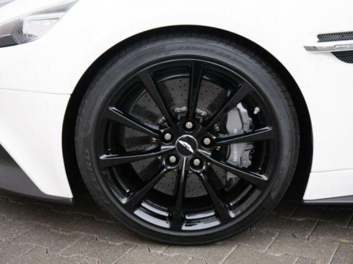 Aston Martin VANQUISH Stratus White - 11
