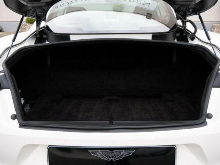 Aston Martin VANQUISH Stratus White - 13