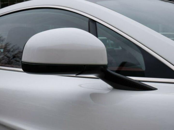 Aston Martin VANQUISH Stratus White - 16