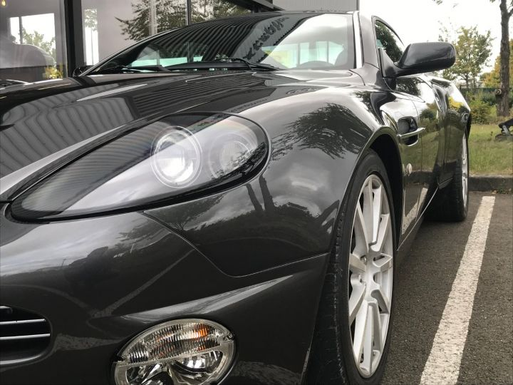 Aston Martin VANQUISH 5.9 V12 528 S SPEEDSHIFT Gris Anthracite Métal - 5