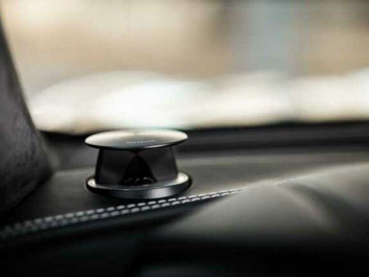 Aston Martin VANQUISH BVA TOUCHTRONIC III 8 rapports ZF# UNE VALEUR REFUGE Meteorite Silver métal - 7