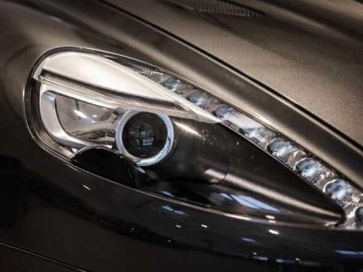 Aston Martin VANQUISH BVA TOUCHTRONIC III 8 rapports ZF# UNE VALEUR REFUGE Meteorite Silver métal - 8