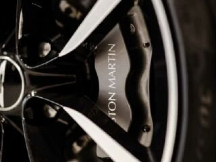 Aston Martin VANQUISH BVA TOUCHTRONIC III 8 rapports ZF# UNE VALEUR REFUGE Meteorite Silver métal - 14