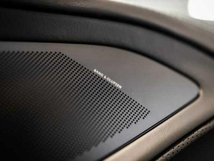 Aston Martin VANQUISH BVA TOUCHTRONIC III 8 rapports ZF# UNE VALEUR REFUGE Meteorite Silver métal - 18