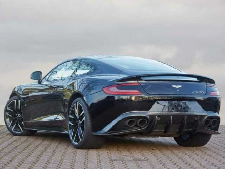 Aston Martin VANQUISH S PACK CARBONE Onyx Black métal - 2