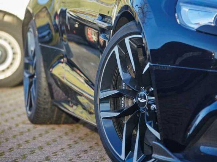Aston Martin VANQUISH S PACK CARBONE Onyx Black métal - 5