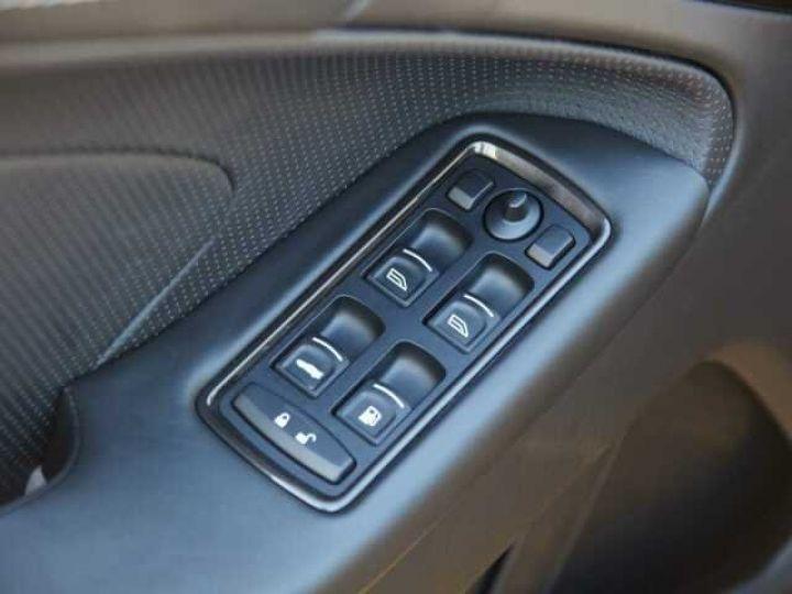 Aston Martin VANQUISH S PACK CARBONE Onyx Black métal - 16
