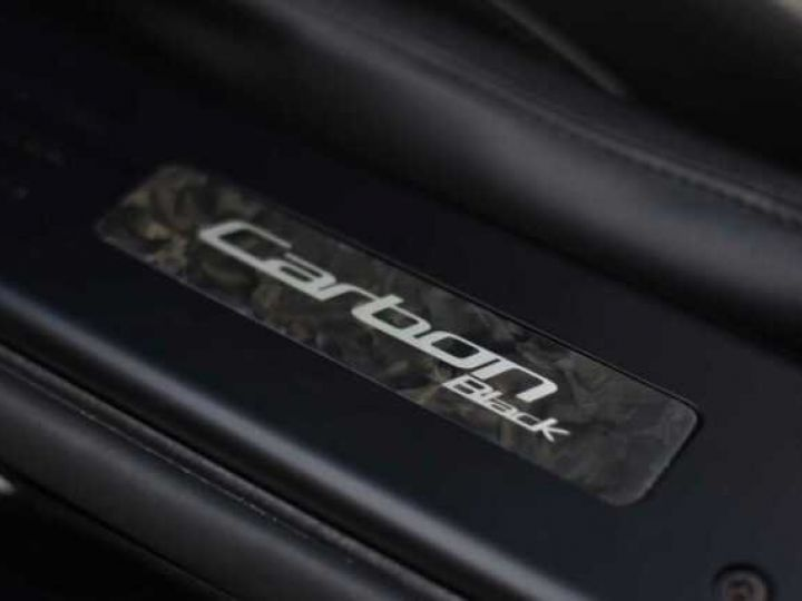 Aston Martin VANQUISH Volante EDITION CARBONE AML Carbon Black - 6