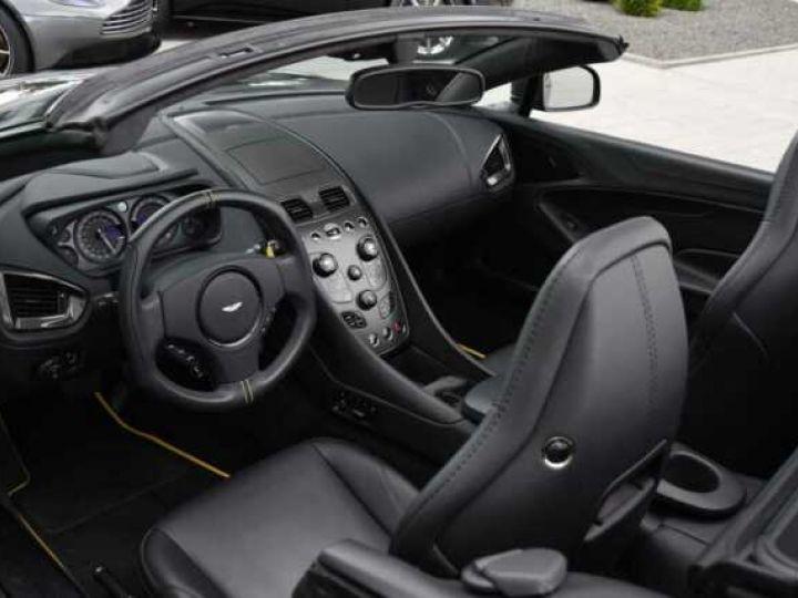 Aston Martin VANQUISH Volante EDITION CARBONE AML Carbon Black - 7