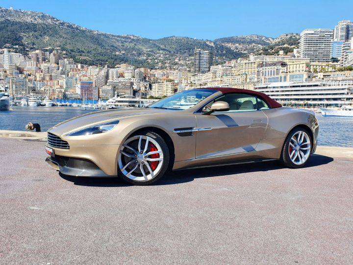 Aston Martin Vanquish VOLANTE V12 TOUCHTRONIC III Selene Bronze Métal Occasion - 3