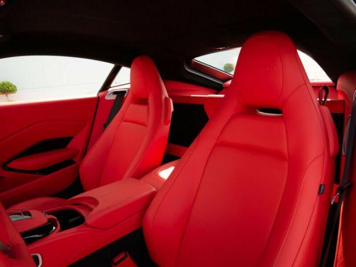 Aston Martin VANTAGE II COUPE V8 4.0 510 BVA PACK STARTECH BLANC STRATUS Occasion - 9
