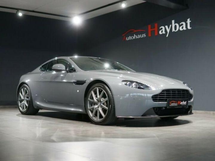 Aston Martin Vantage  V8 Vantage 4.7l Sportshift *China Grey* Gris / China Grey - 1