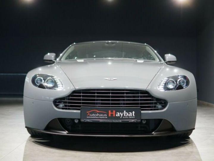 Aston Martin Vantage  V8 Vantage 4.7l Sportshift *China Grey* Gris / China Grey - 2