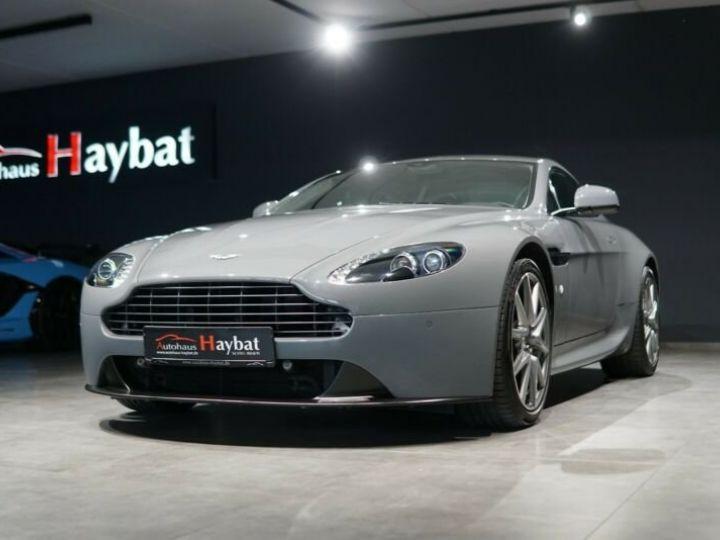 Aston Martin Vantage  V8 Vantage 4.7l Sportshift *China Grey* Gris / China Grey - 3