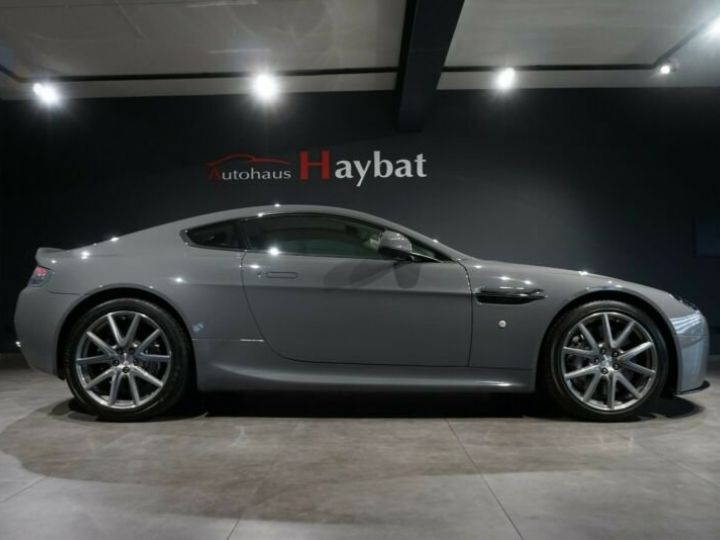 Aston Martin Vantage  V8 Vantage 4.7l Sportshift *China Grey* Gris / China Grey - 4