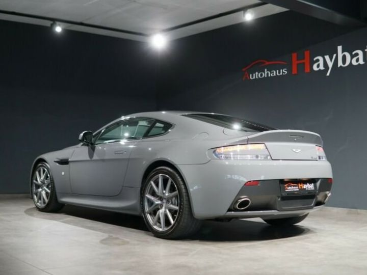 Aston Martin Vantage  V8 Vantage 4.7l Sportshift *China Grey* Gris / China Grey - 5