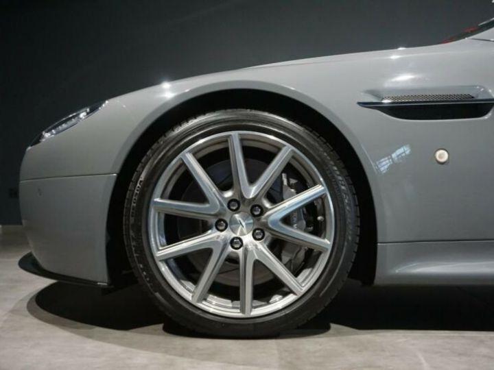 Aston Martin Vantage  V8 Vantage 4.7l Sportshift *China Grey* Gris / China Grey - 8