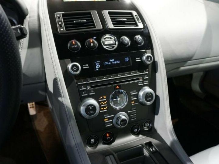 Aston Martin Vantage  V8 Vantage 4.7l Sportshift *China Grey* Gris / China Grey - 13