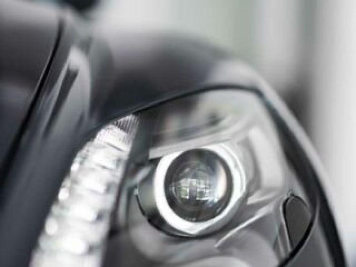 Aston Martin Zagato VANQUISH ZAGATO Shooting Brake# 4 exemplaires seulement Predator Grey métal - 19