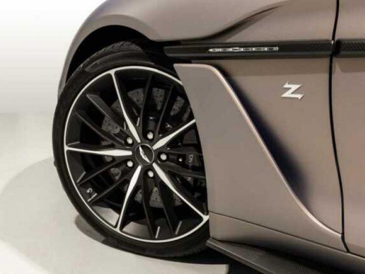 Aston Martin Zagato VANQUISH ZAGATO Speedster - 1 of 28 # UNE VALEUR REFUGE Satin Solar Bronze - 4