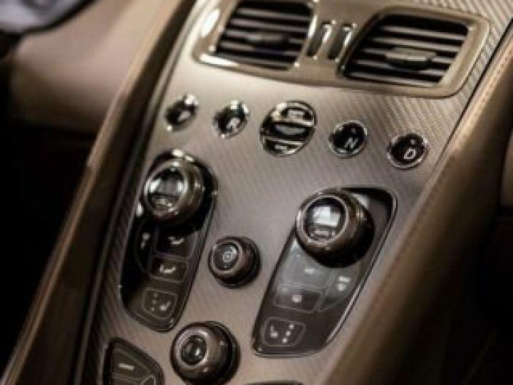 Aston Martin Zagato VANQUISH ZAGATO Speedster - 1 of 28 # UNE VALEUR REFUGE Satin Solar Bronze - 6
