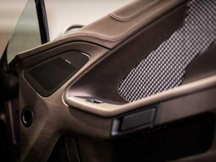 Aston Martin Zagato VANQUISH ZAGATO Speedster - 1 of 28 # UNE VALEUR REFUGE Satin Solar Bronze - 13