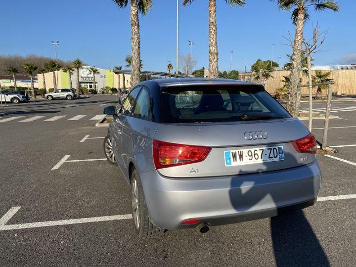 Audi A1 1.2 TFSI 86CH AMBIENTE Gris - 3