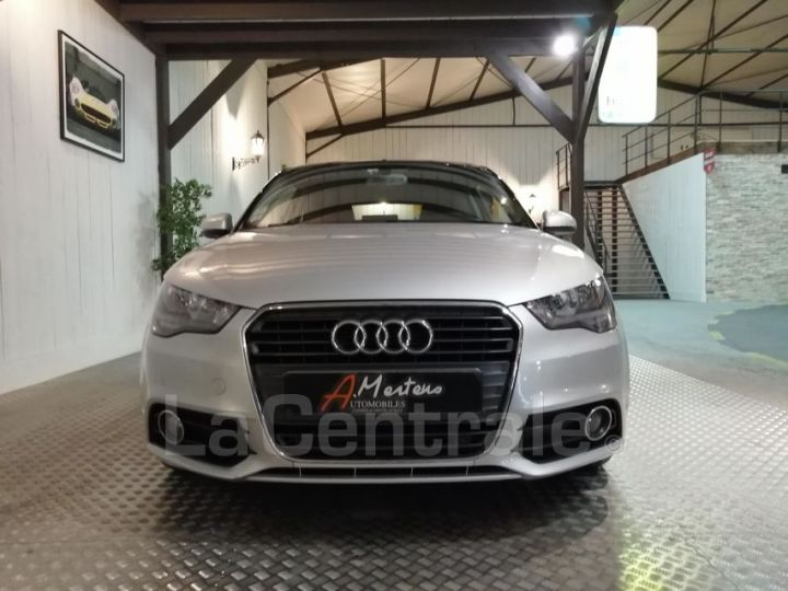 Audi A1 1.6 TDI 90 AMBITION LUXE S TRONIC gris metal - 3