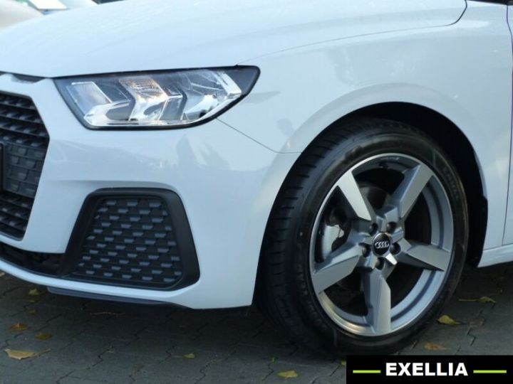 Audi A1 35 TFSI S TRONIC BLANC PEINTURE METALISE  Occasion - 2