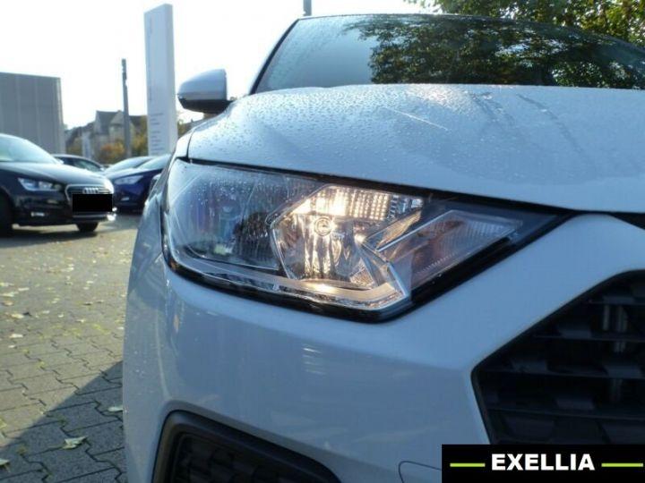 Audi A1 35 TFSI S TRONIC BLANC PEINTURE METALISE  Occasion - 7