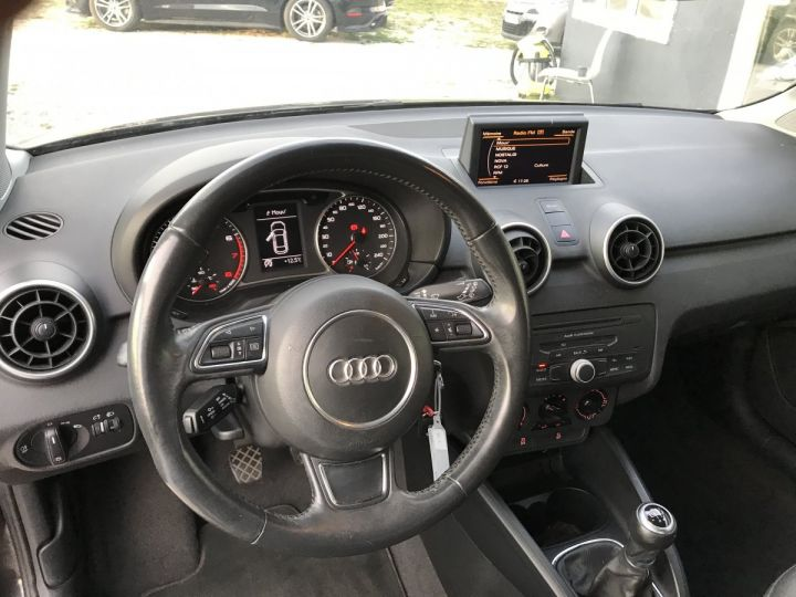 Audi A1 ATTRACTION NOIR METAL Occasion - 5