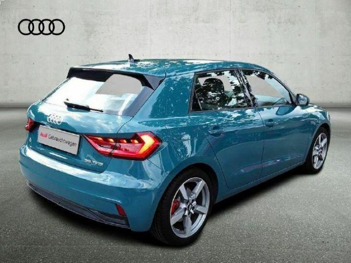 Audi A1 SLINE Tiomangruen vert  - 2