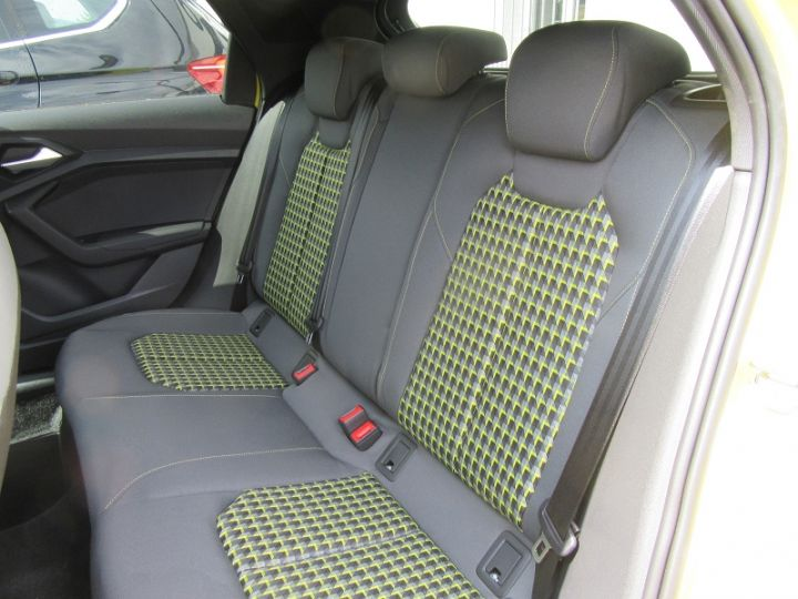 Audi A1 Sportback 30 TFSI 116CH EDITION ONE S TRONIC 7 Jaune Occasion - 9