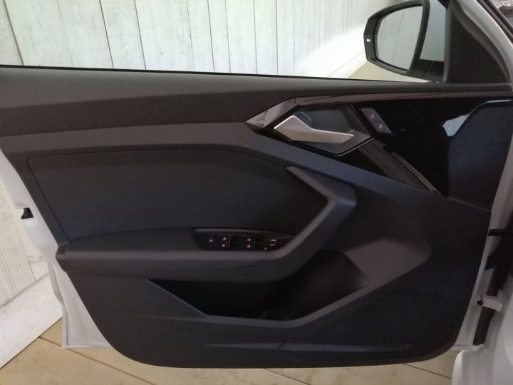 Audi A1 Sportback 35 TFSI 150 CV SLINE BVA Blanc - 8