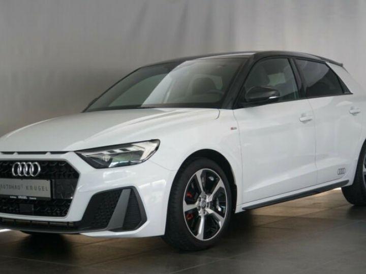 Audi A1 Sportback # 40 TFSI S Line Sport Performance Blanc Peinture métallisée - 8