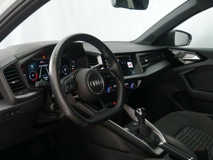 Audi A1 Sportback # 40 TFSI S Line Sport Performance Blanc Peinture métallisée - 10