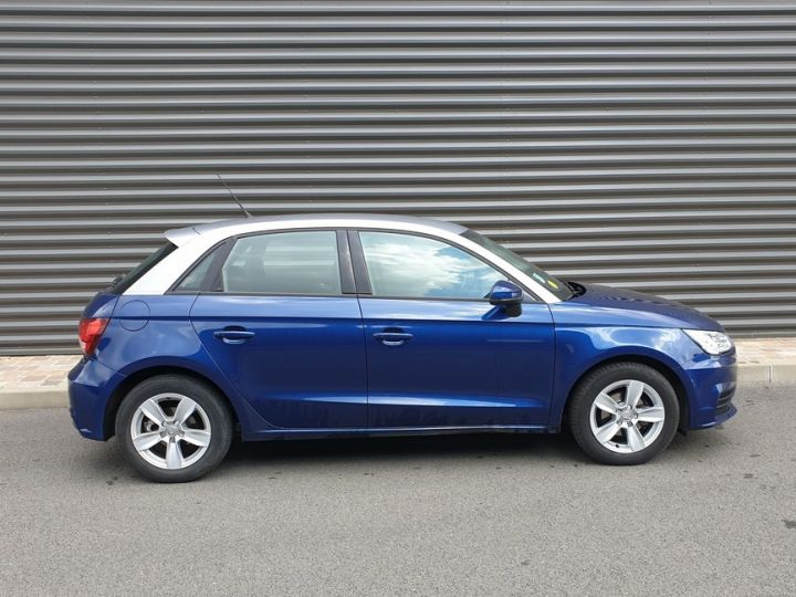 Audi A1 Sportback business tdi 90 s tronic o Bleu Occasion - 3